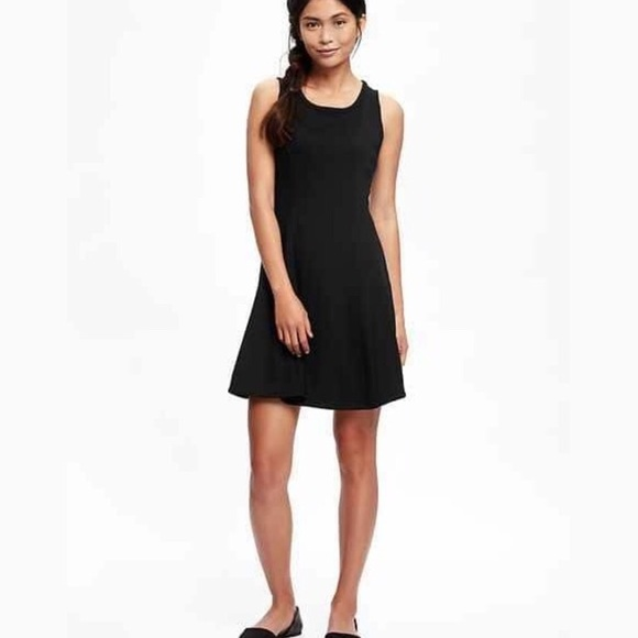 a6f52acffdbb Old Navy Fit and Flare Knit Black Skater Dress. M_5a5306c085e605ab3a01d975